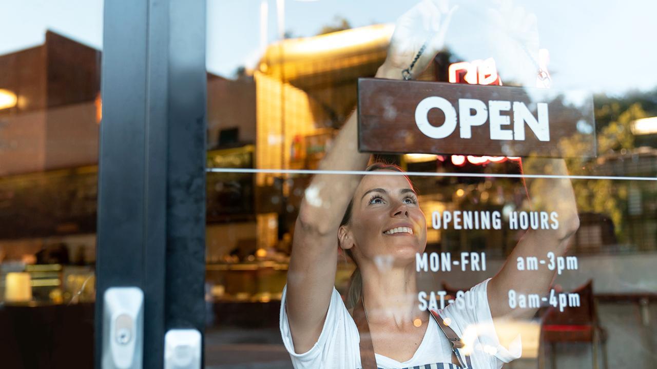 es el momento adecuado para que los propietarios de pequeñas empresas dupliquen su comercialización