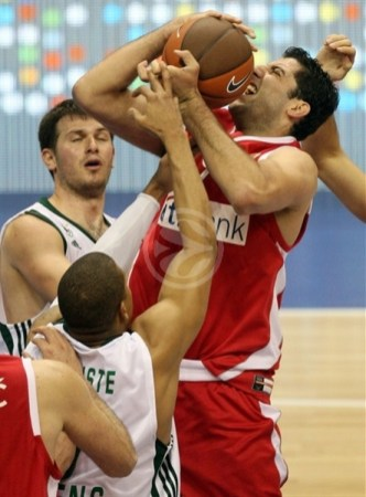 ioannis-bourousis-olympiacos-final-four-berlin-2009