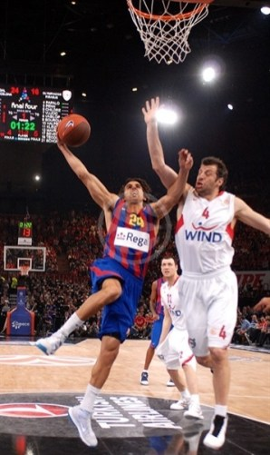 victor-sada-regal-fc-barcelona-final-four-paris-2010