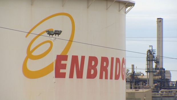 Enbridge Pipeline Leaks 200,000 Litres of Oil Condensate in Strathcona County