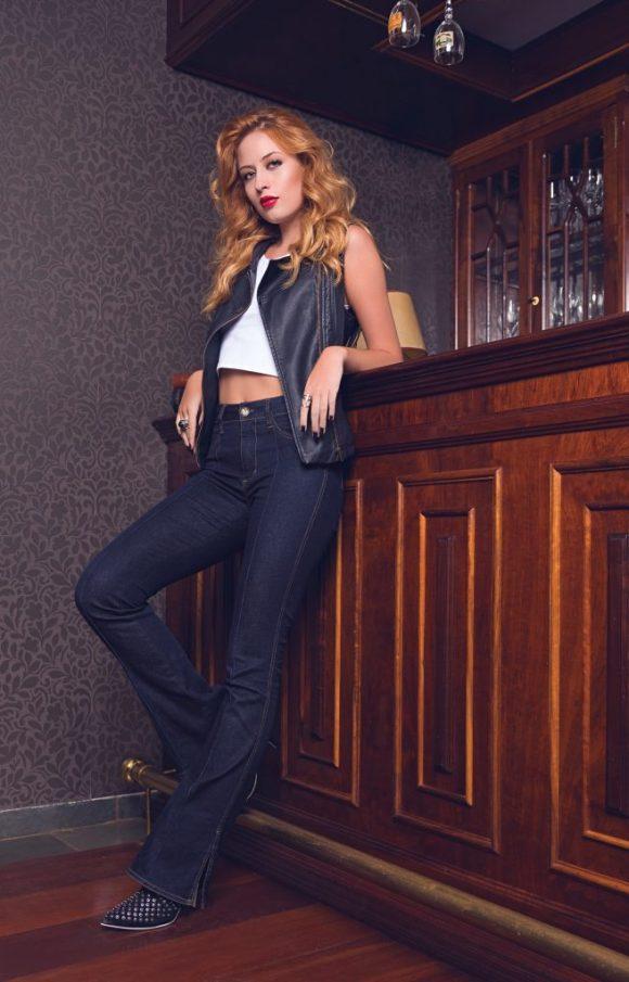 Fotografia de moda para camapnha de moda Bokker Jeans. Moda no Bom retiro. Fotografo de moda São Paulo.