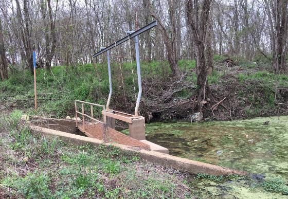 RRPJ-Flood Gates-17Mar10
