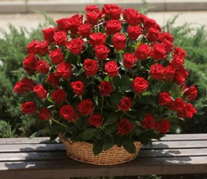 Korpa 101 ruža 28