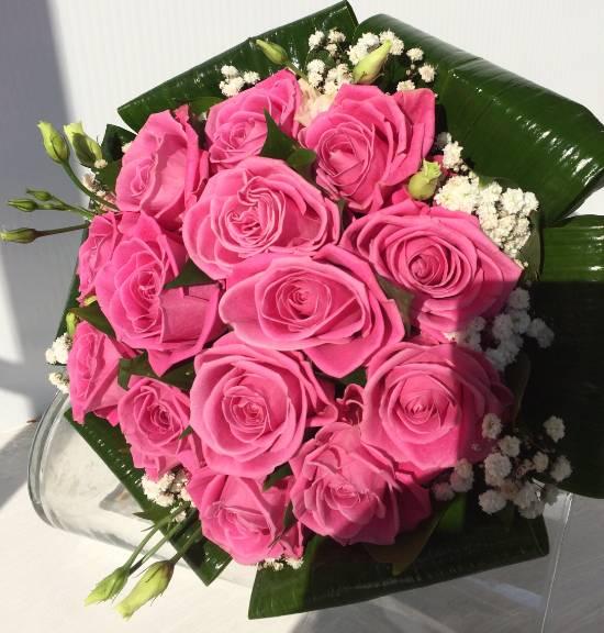 Roze ruže sa listovima 50eur