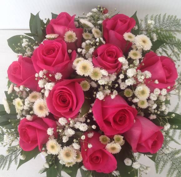 Klasičan bidermajer od pink ruža 40eur