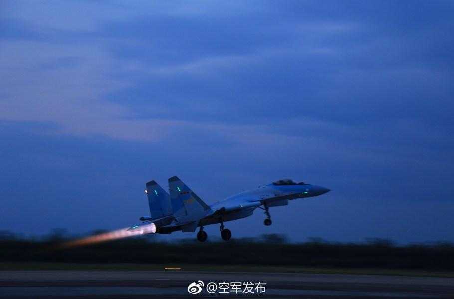 2018-02-10-Su-35-au-sud-J-20-à-lEst-07.jpg