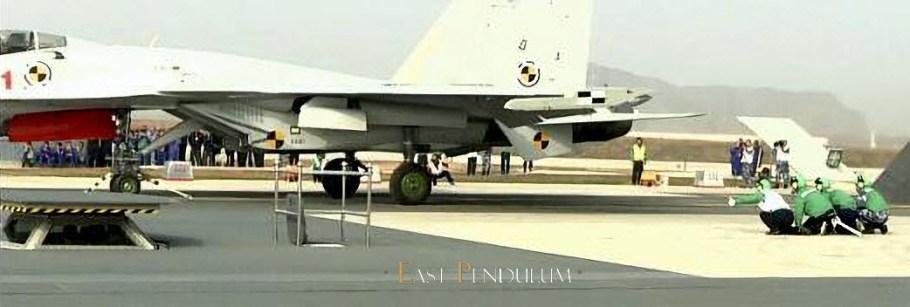 2017-10-08-Catapultage-réussi-dun-J-15-sur-EMALS-05