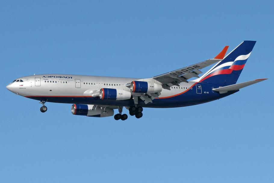 Aeroflot_Il-96-300_RA-96008_SVO_2011-3-10.png