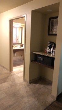 Room 4106: Alternate view of entry