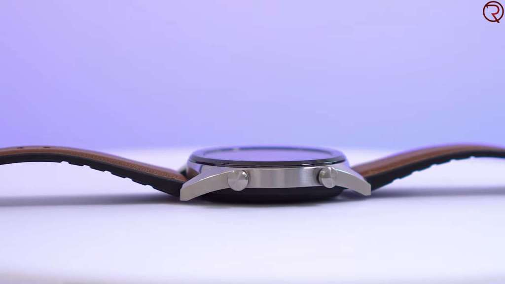 Huawei Watch GT side view