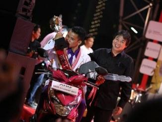 Juara AHM Best Student 2017