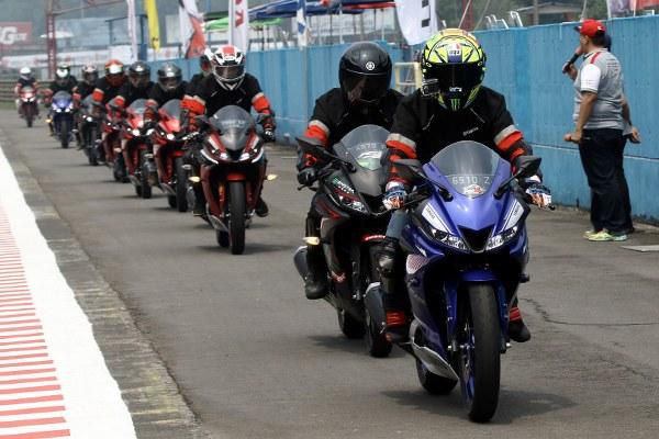 Begini nih Impresi Yamaha All New R15 menurut Lady Biker