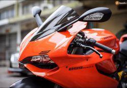 Ducati 899 Panigale Dengan Tema Warna Lamborghini Aventardor