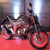Honda CB150R Street Fire 2018