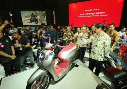 sepeda motor konsep skutik generasi terbaru Honda