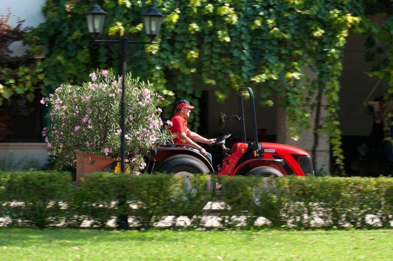 Трактор для питомников Antonio Carraro Tigre 4400