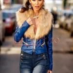Jacheta scurta albastra din piele ecologica cu guler de blana