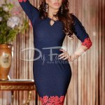 Rochie Having Red Design