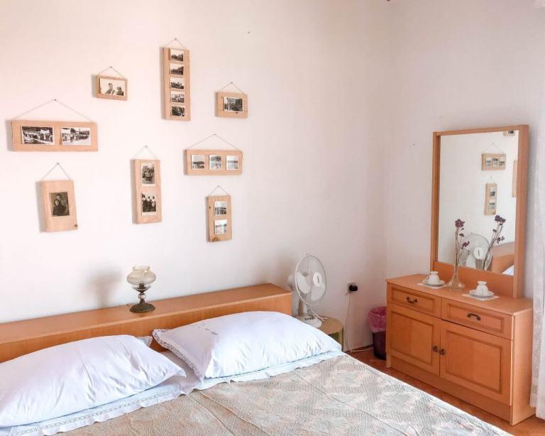 Airbnb room in Croatia.