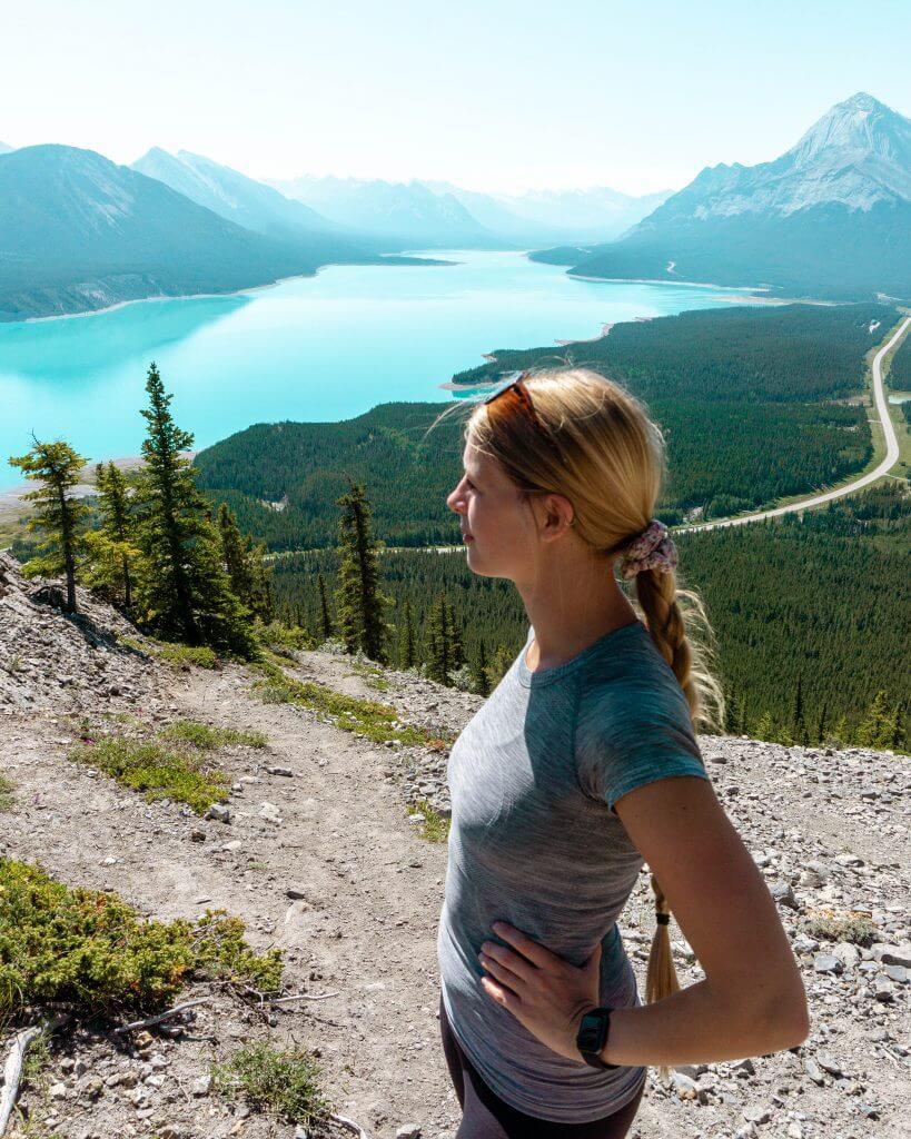 Views from the fake summit of this stunning Abraham Lake hike.