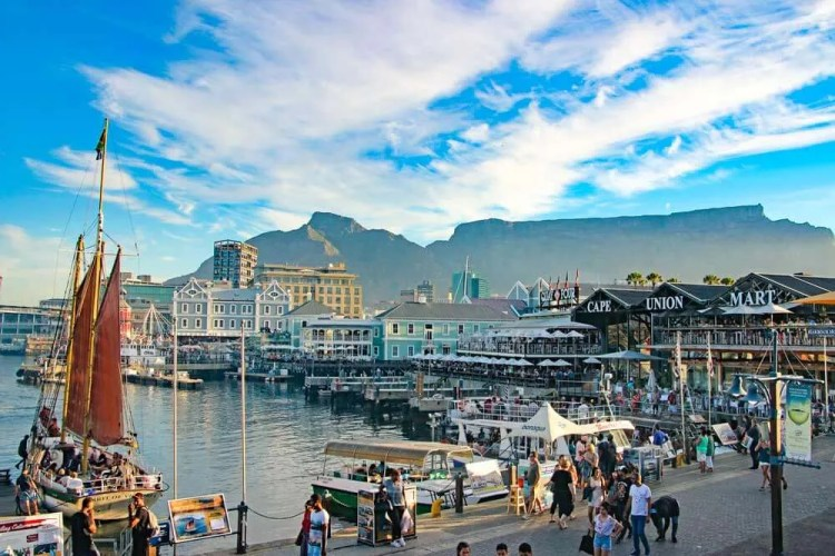 Cape Town is an up and coming digital nomad hotspot.