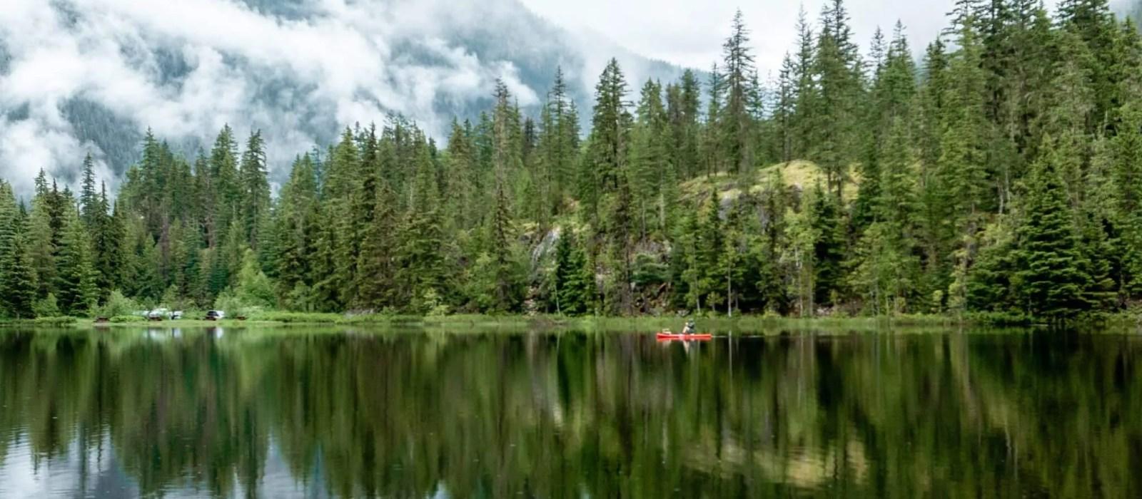 Echo Lake – Camping and Hiking Near Revelstoke