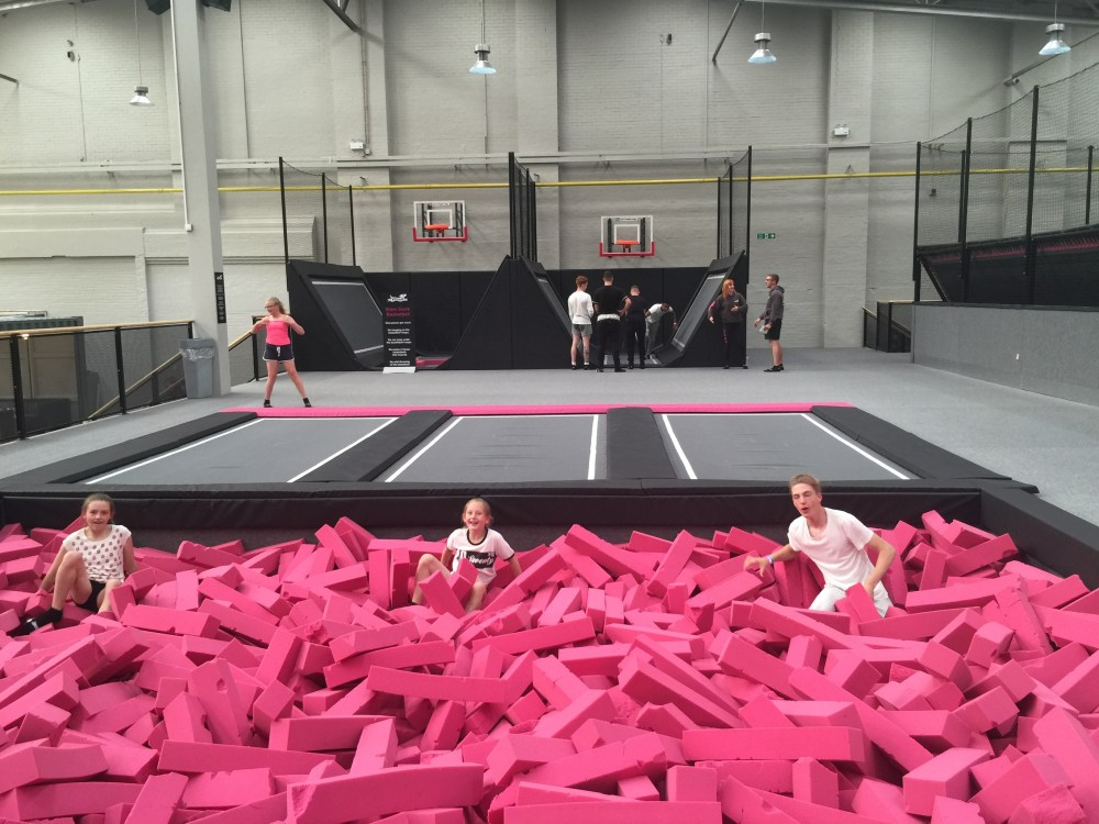 Freedog Review: The Largest Urban Activity Centre in Europe (2/2)