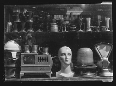 Junkstore Window Display, Brooklyn, New York by Walker Evans (source: http://bit.ly/1dR346r)