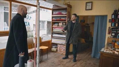 Inside the tailor's shop in 50m2. Left Mesut (Tolga Tekin) right Shadow/Adem (Engin Öztürk)