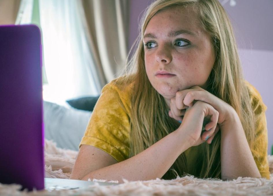 'Eighth Grade' & 'Forgive Me' shock at WGA Awards