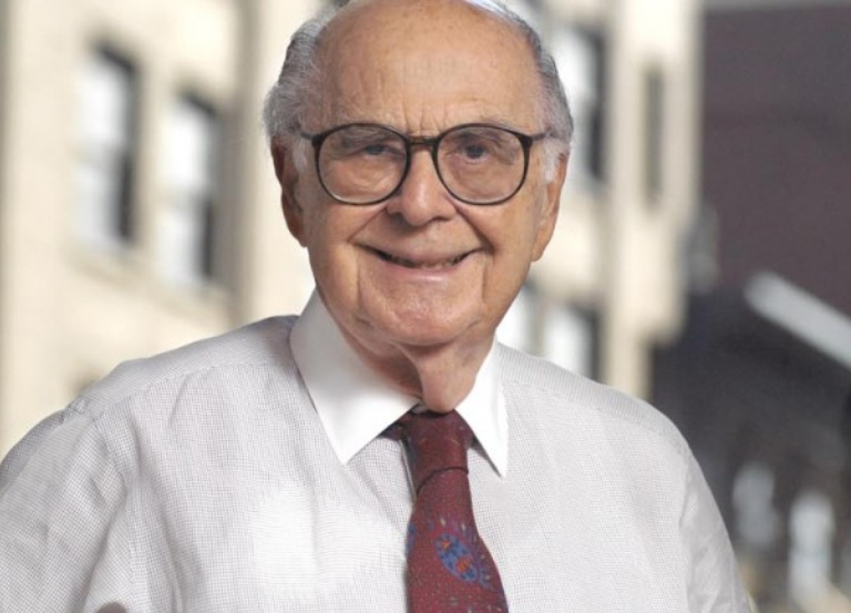 Burson-Marsteller founder dies at 98