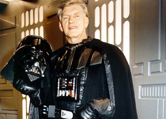 David Prowse, Darth Vader dies from COVID