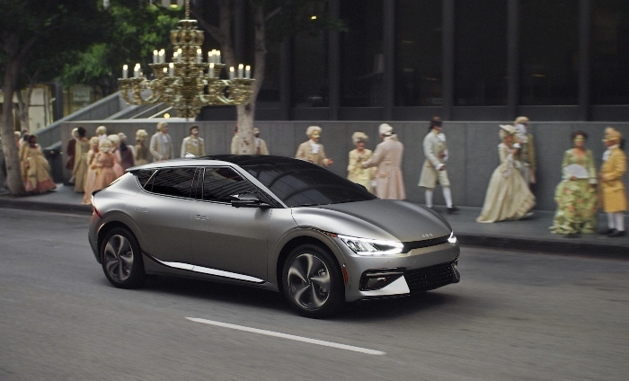 Emmys: Kia drops electric :60-second spot during 73rd event