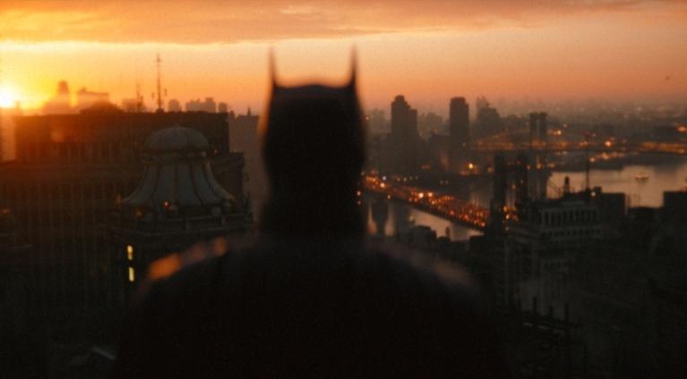 """It's not a call. It's a warning,"" declares Robert Battinson in Batman trailer"