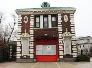 Chicago Filmmakers to buy city's landmark firehouse