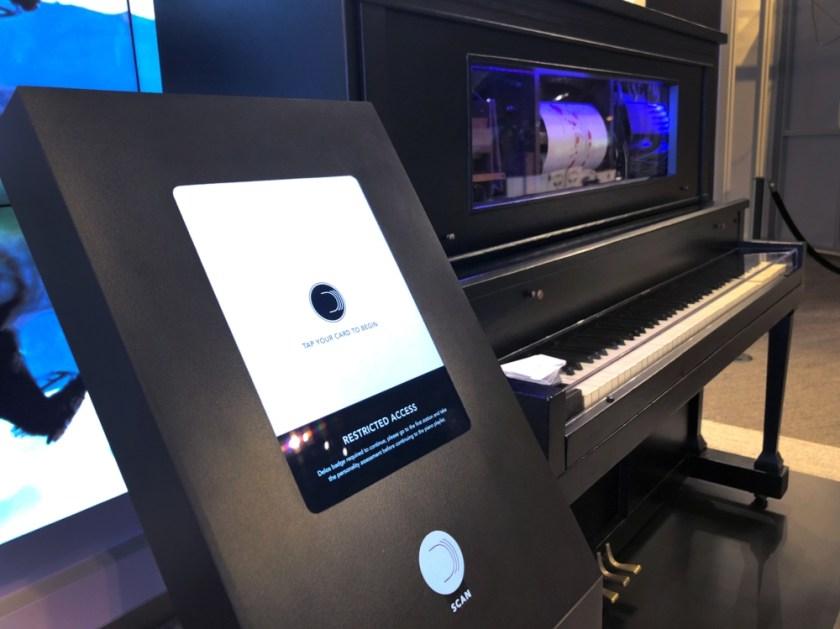 piano-kiosk (1)