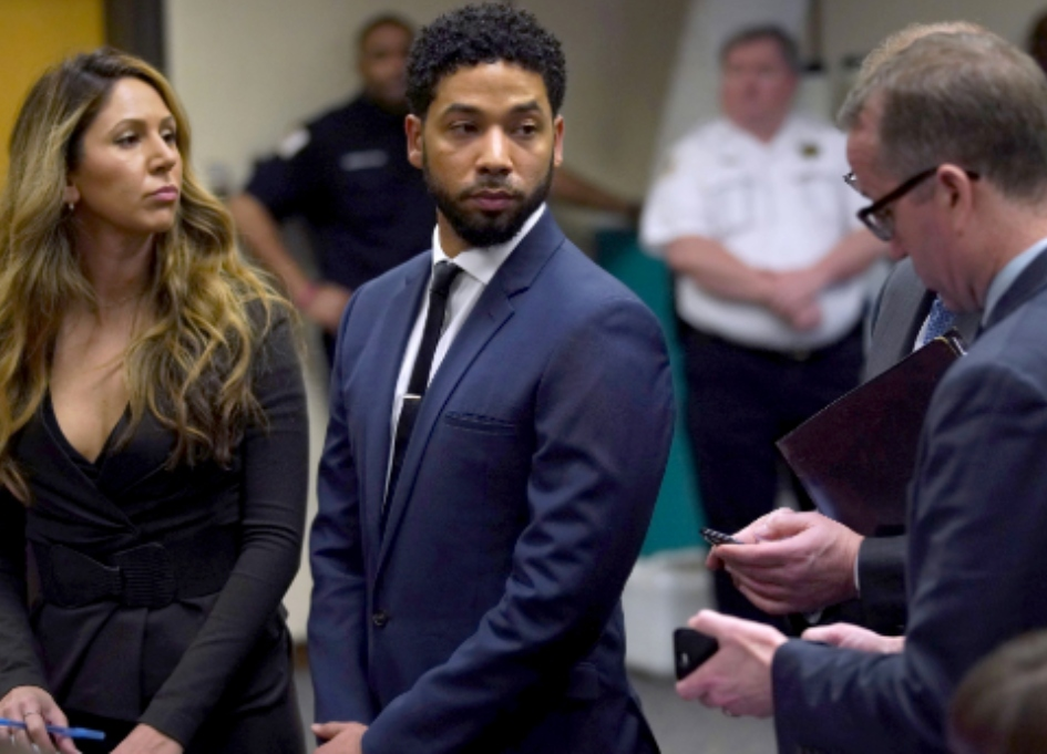 Jussie Smollett probe issues 'sweeping search warrants'