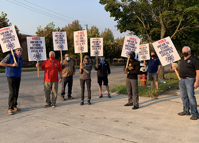 Nike meets a Local 476 picket line in Chicago