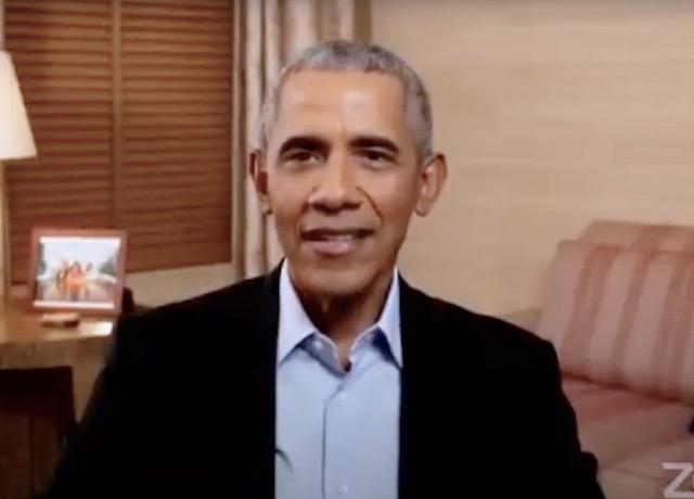 Barack Obama surprises Chicago high school students
