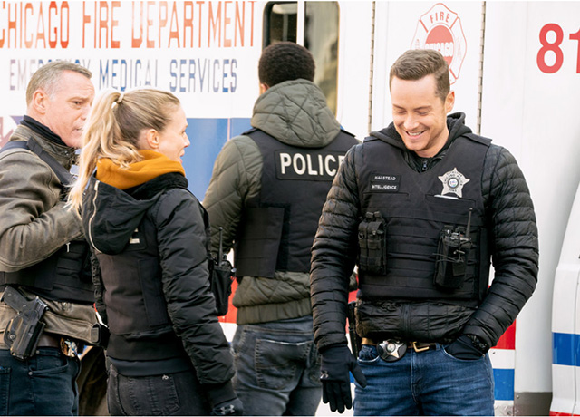 Chicago P.D. this week's pics & promo 'Safe'