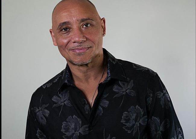 RLHTalent signs Chicago actor/comedian Alex Ortiz