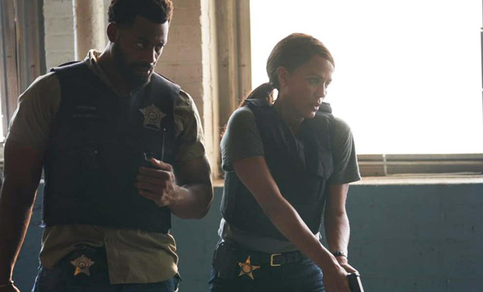 First sneak peeks at Chicago P.D. season premiere titled'Closure'