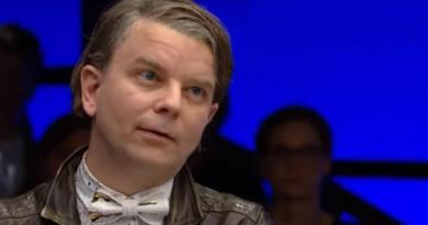 Henrik Marstal: Luk Ekstra Bladet