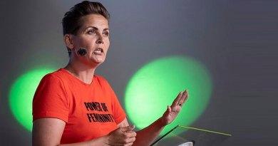 Pia Olsen Dyhr: Der er et særligt sted i helvede til kvinder som Inger Støjberg
