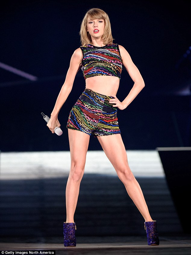 Taylor Swift Australia Appears On The Cover Of Vogue Reel Mockery