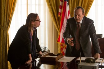 Director Liza Johnson and Kevin Spacey on the set of ELVIS & NIXON, an Amazon Studios / Bleecker Street release.