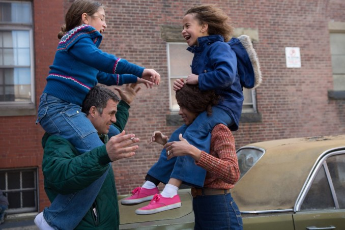Left to right: Imogene Wolodarsky as Amelia Stuart, Mark Ruffalo as Cam Stuart, Zoe Saldana as Maggie Stuart and Ashley Aufderheide as Faith Stuart Photo by Seacia Pavao, Courtesy of Sony Pictures Classics