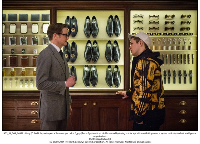 Harry (Colin Firth), an impeccably suave spy, helps Eggsy (Taron Egerton) turn his life around by trying out for a position with Kingsman, a top-secret independent intelligence organization.