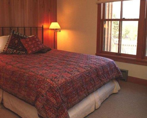 Henrys Fork Lodge Bedroom