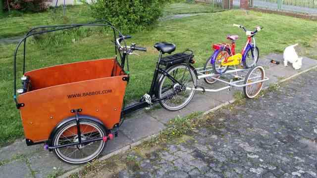 Lastenrad Anhänger ziehen Babboe Abschlepper Big-E